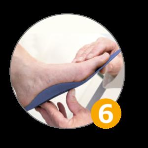 En el estudio de la pisada se valora el uso de las plantillas personalizadas para mejorar la pisada. Estudio pisada y plantillas personalizadas en Valencia