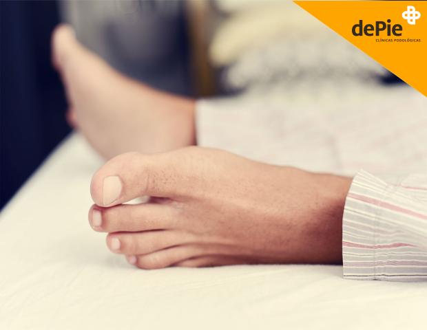 Por que se me duermen los pies