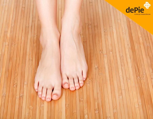 se contagian los hongos de las unas delos pies