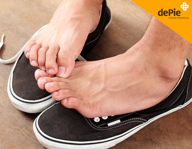 Olor de pies. Causas y tratamiento